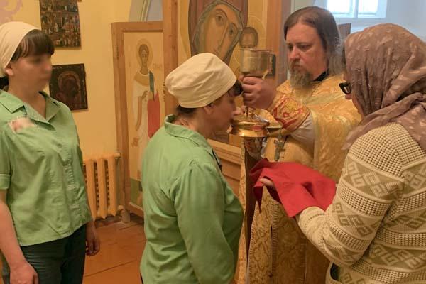 В СИЗО-2 УФСИН России по Тверской области состоялась литургия в память Ермогена Московского