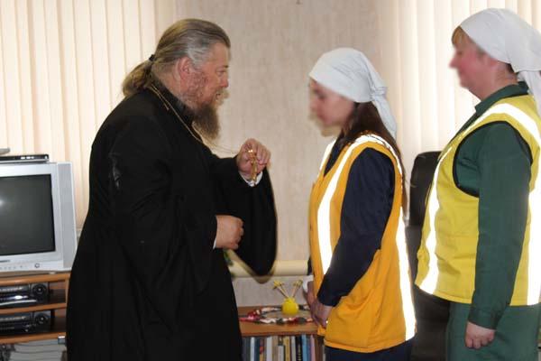 Отец Михаил побеседовал с осужденными женщинами ИК-5 УФСИН России по Тверской области о вере и свободе