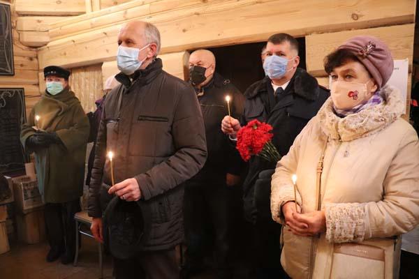На панихиде присутствовали ветераны и сотрудники УФСИН